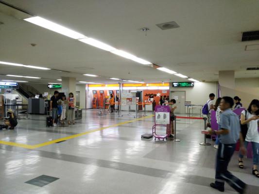 FUK_FukuokaAirport1_1532